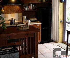 Klasikiniai baldai virtuvei
